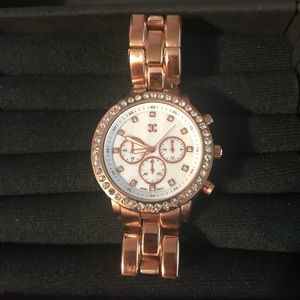 Gold charming Charlie watch
